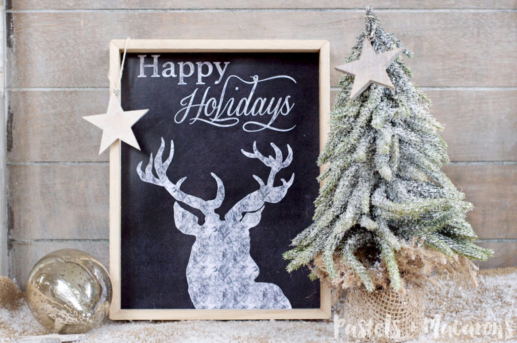 FREE Christmas Chalkboard Printable from www.pastelsandmacarons.com #free #freebie #freeprintable #freeprintables #chalboardprintable #chalboardart #chalkboardwallart #chalboardprintables #chalboardchristmas #freechalboardprintable #freechristmasprintable #freechristmasprintables #christmasprintables