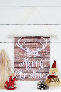 Rustic Wood Wall Hanging with Free Christmas Printable
