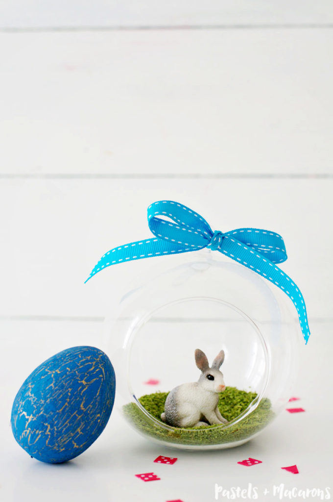 Looking for cute Easter Crafts? Why not make this adorable Easter Bunny Terrarium?!