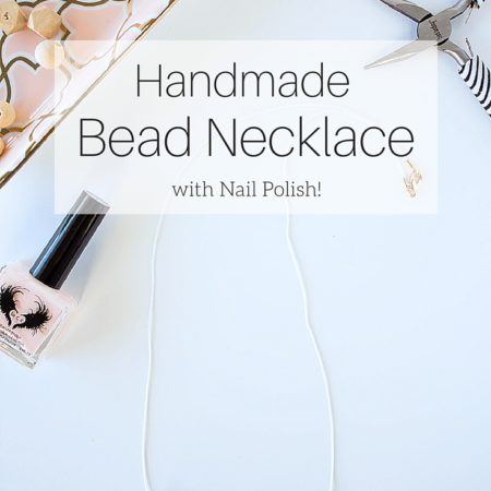 Make this unique and pretty wooden bead necklace using nail polish and copper embellishments. A chic and minimal necklace with a subtle style statement.