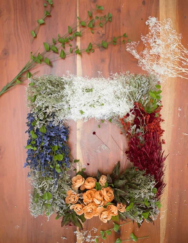Make this Vintage Flower Wreath craft in a few easy steps