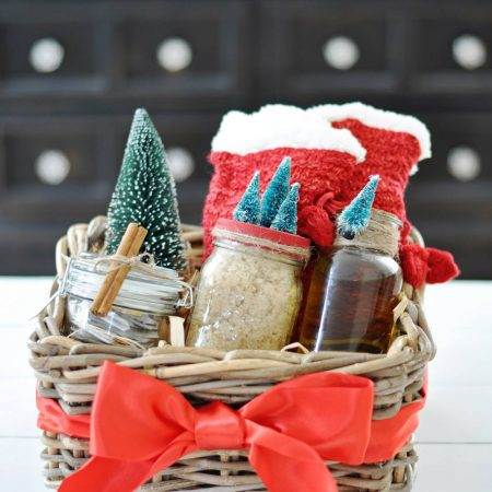 DIY Spa Gift Basket – The perfect Handmade Christmas Gift
