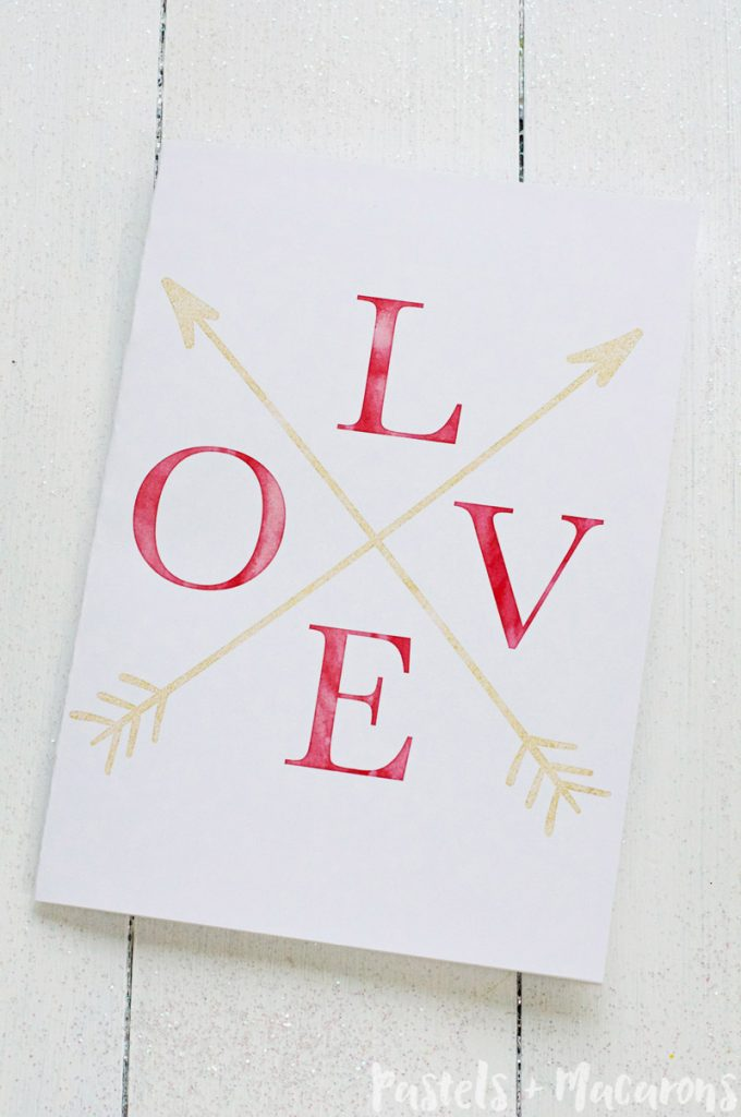 Free printable Valentines Day cards with pretty gold foil finsih