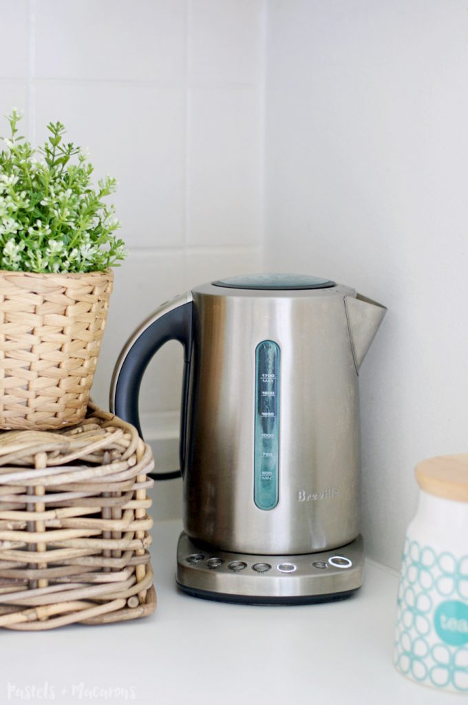 How To Descale A Kettle. Really easy tip to clean a kettle