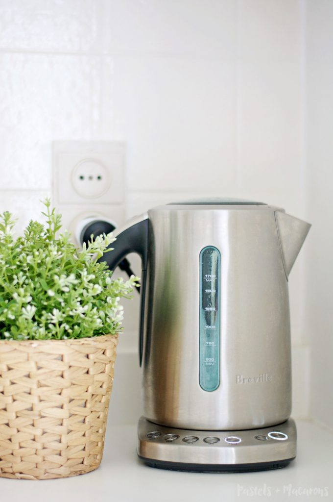 How To Descale A Kettle Easy Kettle Cleaning Tip