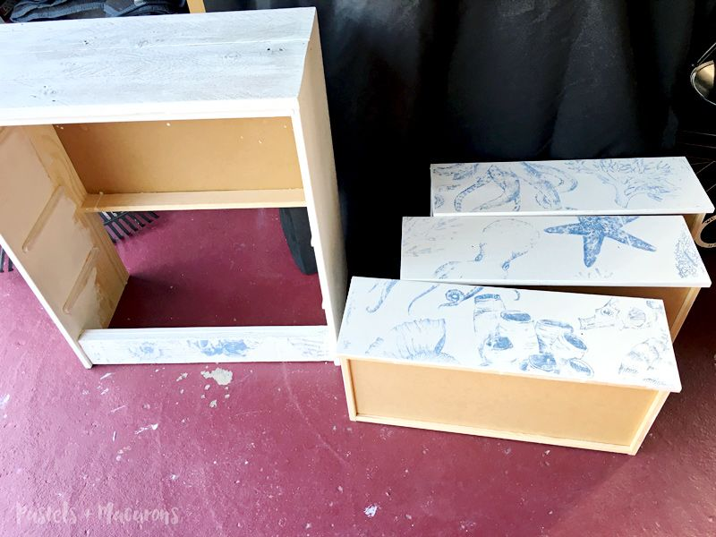 Easy image transfer technique for furniture using chalk paint.