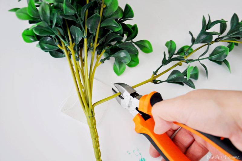 No Glue required! 10 minute Spring Wreath tutorial.