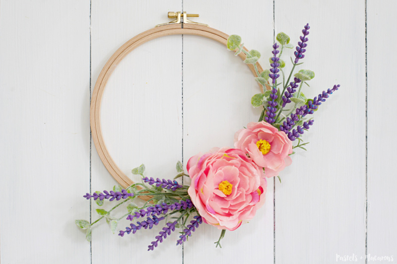 10 minute embroidery hoop lavender wreath craft in under 10 minutes!