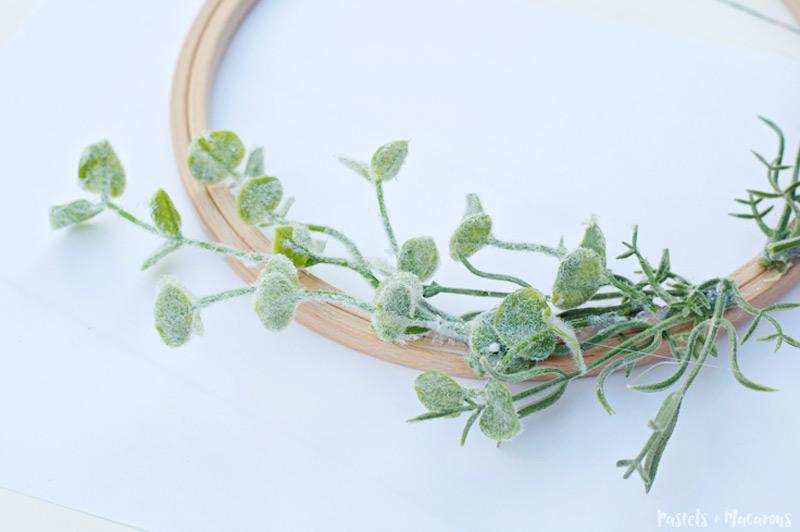 DIY embroidery hoop lavender wreath tutorial for spring