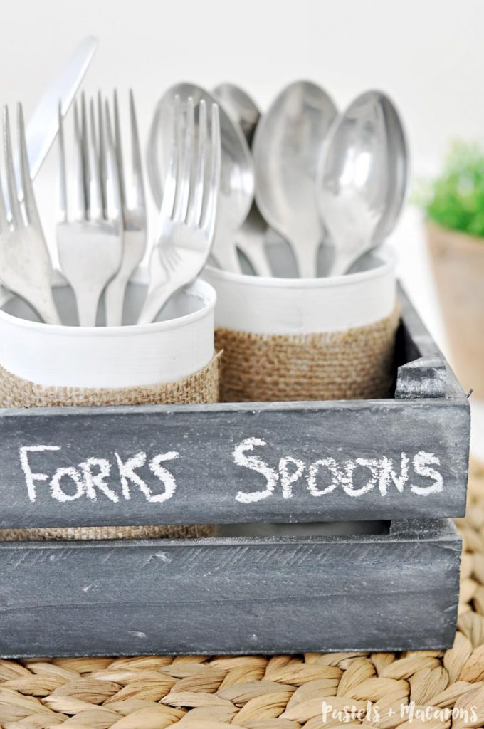 DIY wooden silverware caddy for a farmhouse look. Upcycle tins cans to create this fun and easy craft idea. A fabulous kitchen organizarion idea to help you store your cutlery.