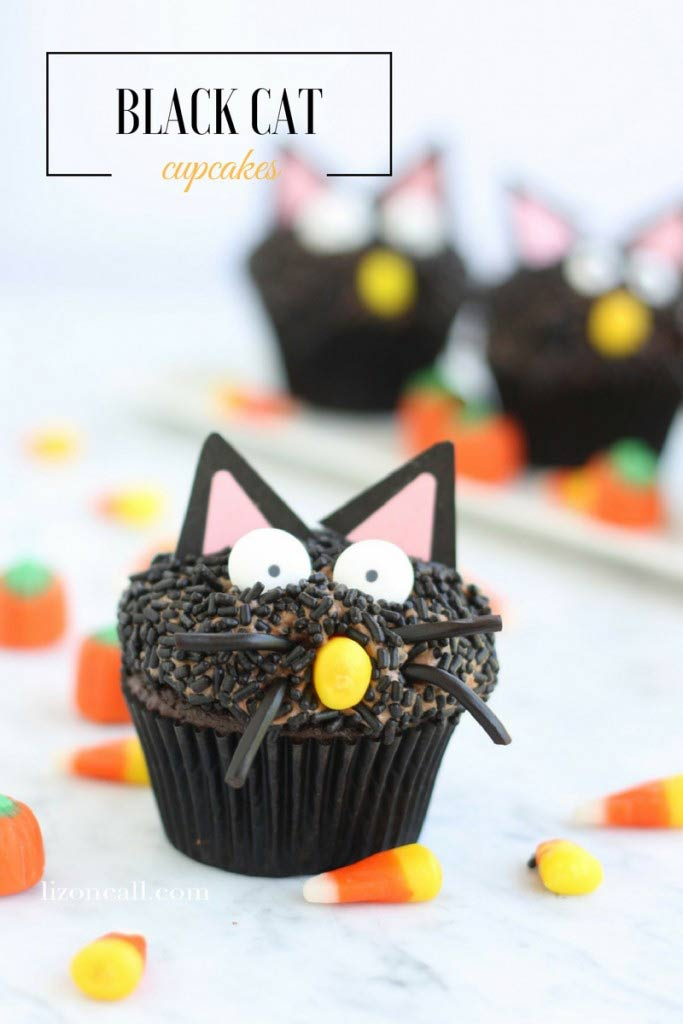 These Halloween cupcake ideas are THE BEST! I found some great ideas. Halloween cupcakes are so much fun to make. Can't wait to try some of these easy ideas out.