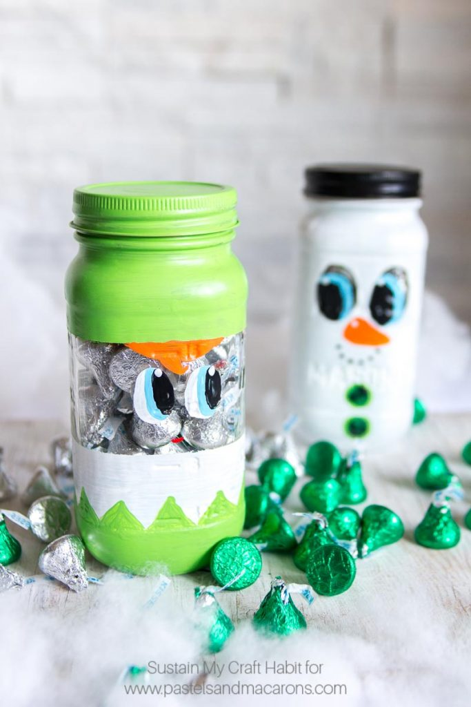 the most adorable diy painted mason jar craft i have seen this mason jar christmas