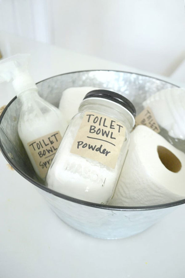 I tried this toilet powder and it was the BEST! I love all of these natural DIY homemade cleaning products I can make at home.