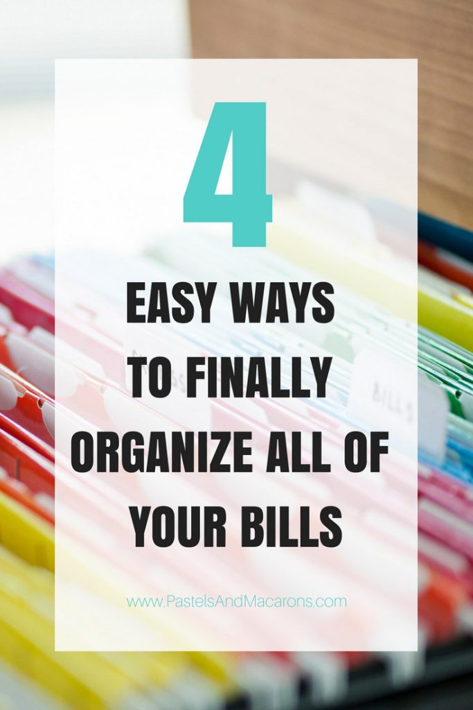 These bill organizing tips are genius! Learn to finally organize bills with these four easy tips. Use binders, Printable and other ideas to help you sort out your bills, stay on top of finances and even save money!
